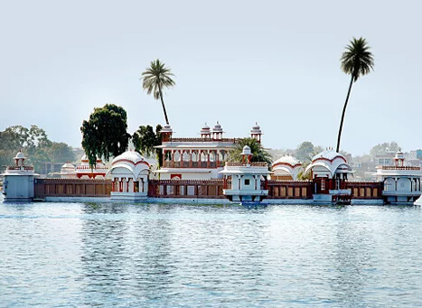 Kishore Sagar and Jag Mandir Palace  Tourist Attraction Kota Rajasthan
