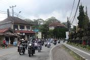 Touring Bermotor, Bupati Sanjaya Kembali Tinjau Pelaksanaan Vaksinasi