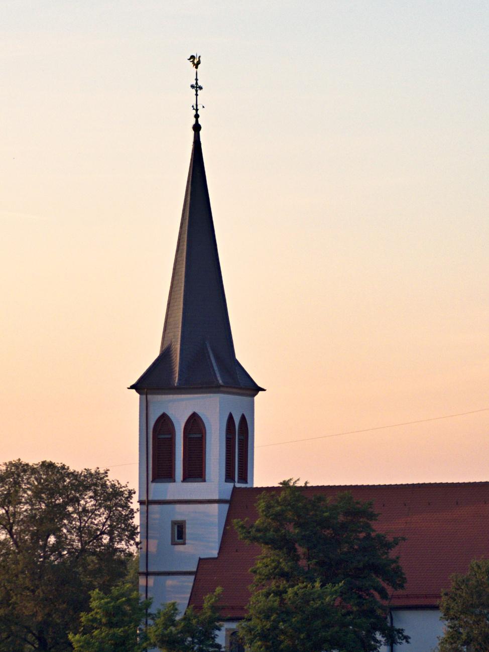 Zum Tagesabschluss — Abendkirchturm