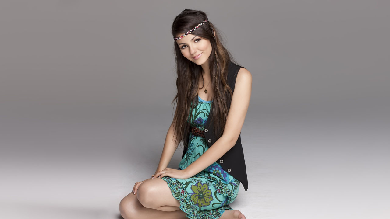 victoria justice hot hd wallpapers 2012 cute wallpapers. Black Bedroom Furniture Sets. Home Design Ideas