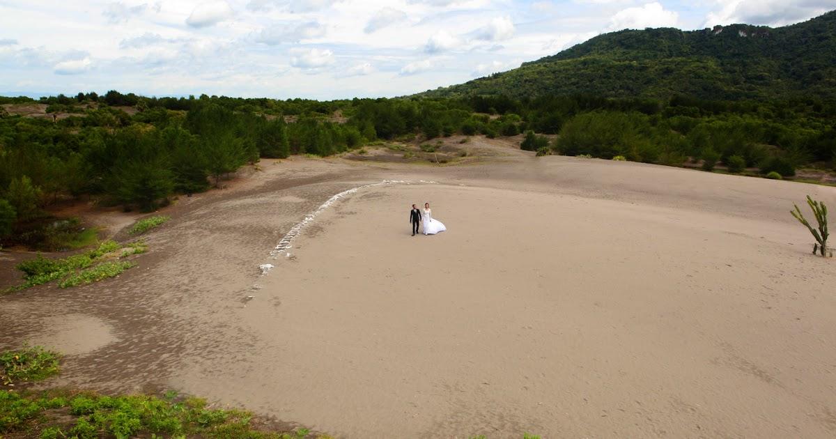 Foto Prewedding di Lokasi Yang lagi nge-Hits Pantai Gumuk ...