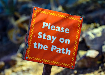 Respeta las reglas del sitio durante el viaje