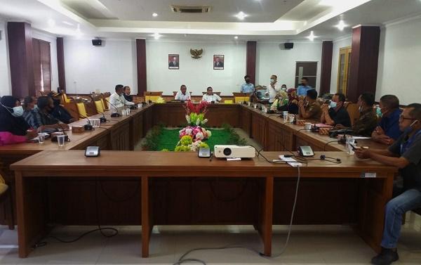 RDPU Komisi III DPRD Batam, Pengusaha Tambak Diduga Merusak Hutan Bakau