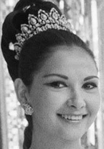 turquoise diamond tiara iran empress farah diba pahlavi niloufar afshar