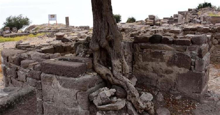 Βυζαντινό πανδοχείο με δικιά του εκκλησία στην Αρχαιοελληνική πόλη της Άσσου