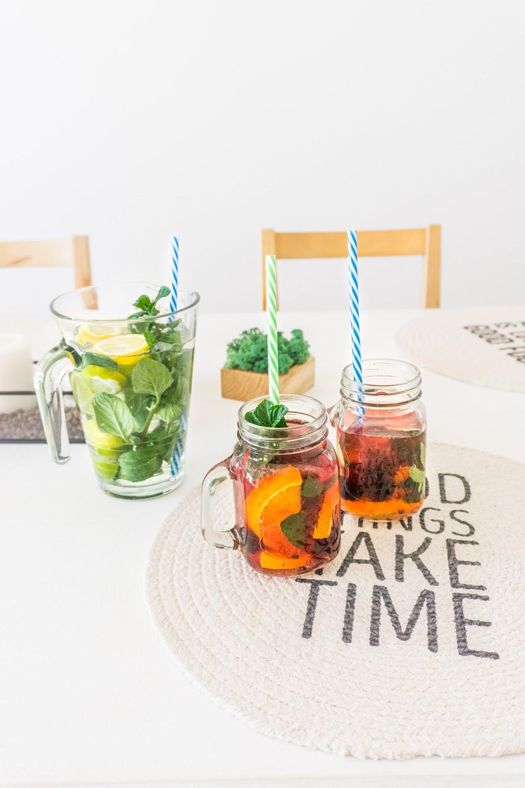 nawodnienie, picie wody, częstsze picie wody, woda smakowa, przepis na wodę smakową, butelka na owoce, infused water, sposoby na częstsze picie wody, blog lifestyle, blog podróżniczy