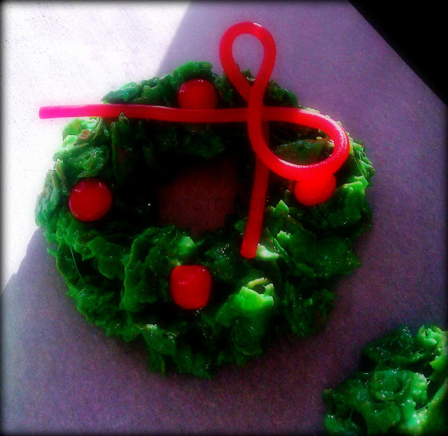 Holiday Cornflake Wreaths