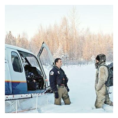 Hombre rescatado después de sobrevivir semanas en Alaska