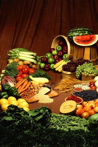 Proses Penurunan Berat Badan(diet sehat)   (Detikbatak.com)Cara Bijak Mengatur Berat Badan,yang pertama adalah Menerapkan Pola makan yang tepat.Diantara kamu kaum remaja,dewasa bahkan mungkin sampai orang tua tentunya sangat menginginkan badan yang disukai oleh banyak orang.Sehingga tentunya akan selalu mencari Cara yang terbukti Alami,Epektif,Praktis,Bahkan menginginkanya dengan super cepat(Dalam Waktu Singkat)    Lalu,Apa Saja daftar menu sehat yang Wajib kita terapkan?Bagaimana Caranya diet Alami meskipun tanpa Olahraga?Mari simak Artikel ini demi meraih program diet yang benar dan tentunya tidak menjadi efeksamping yang membahayakan Tubuh kamu di kemudian hari.    Terlebih lagi anak remaja dan dewasa sangat banyak kehilangan percaya diri dikarenakan penampilan tubuh yang kurang langsing atau tergolong memiliki badan berlemak serta badan yang tidak ideal sehingga banyak yang jatuh sakit karena menempuh cara-cara yang tidak di anjurkan oleh Dokter(Medis Kesehatan)    Badan Gemuk Berlebihan.Tentu jika mengalami hal tersebut bukan tidak mungkin mental seorang wanita maupun laki laki juga bisa down atau menurun jika di hadapkan di tengah banyak orang yang menyaksikanya.    Lalu bagaimana Cara mengatasinya?nah, disini kami akan kasih tau ,asal kamu punya ambisi dan kemauan pasti bisa mendapatkan tubuh yang sehat,langsing dan ramping.apalagi kamu tidak memiliki waktu yang banyak .maka sangat cocok untuk kamu terapkan 15 Cara Diet Sehat Super Cepat Dalam Waktu Singkat dan Terbukti Berhasil:      1.Menimbang Berat Badan   Menimbang Berat Badan    Tahap awal dalam melakukan diet pada tubuhmu cobalah terlebih dahulu menimbang berat badanmu saat ini supaya kamu bisa mengetahui seberapa banyak nantinya penurunan berat badanmu setelah melakukan tahap tahap selanjutnya Tetap Makan Tiga kali sehari,dalam jumlah porsi yang cukup,jangan menghindari sarapan pagi,agar tidak makan berlebihan nantinya pada siang hari     2.Menghindari Mengonsumsi Gula(Manisan)     Manisan  jika kamu 