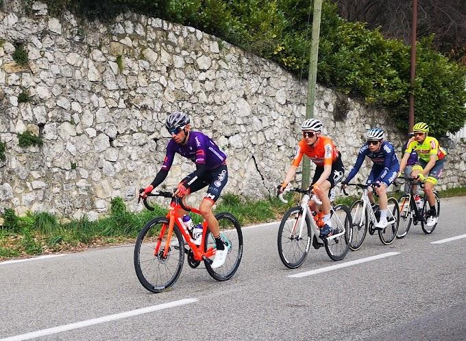 Óscar Cabedo se dejó ver en el Tour du Var