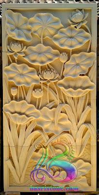 Relief lotus hiasan dinding