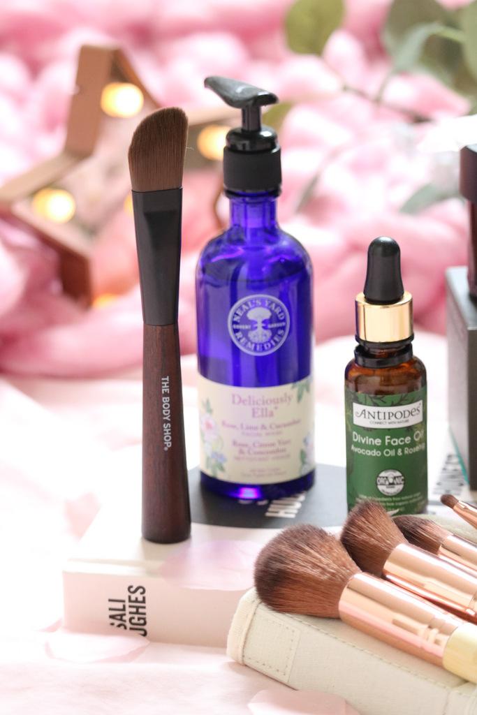 Organic Beauty Week + Natural Brands - www.ofbeautyandnothingness.co.uk