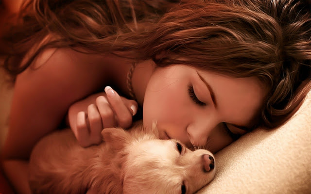 Animals___Dogs_Girl_lies_with_a_dog