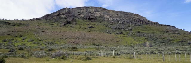 Birdwatching Patagonia: Hill with Andean Condor nests near Lago Sofia in Chile