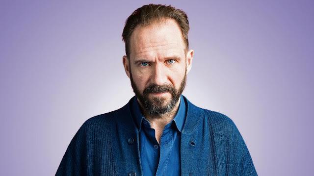 Ralph Fiennes, intérprete de Lord Voldemort, acredita que J.K. Rowling não dará continuidade a 'Harry Potter' | Ordem da Fênix Brasileira