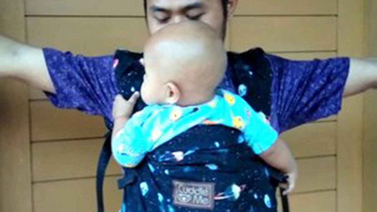 Manfaat Menggendong Bayi dengan Teknik M Shape