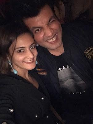 Shweta-Rohira-Varun-Sharma-birthday