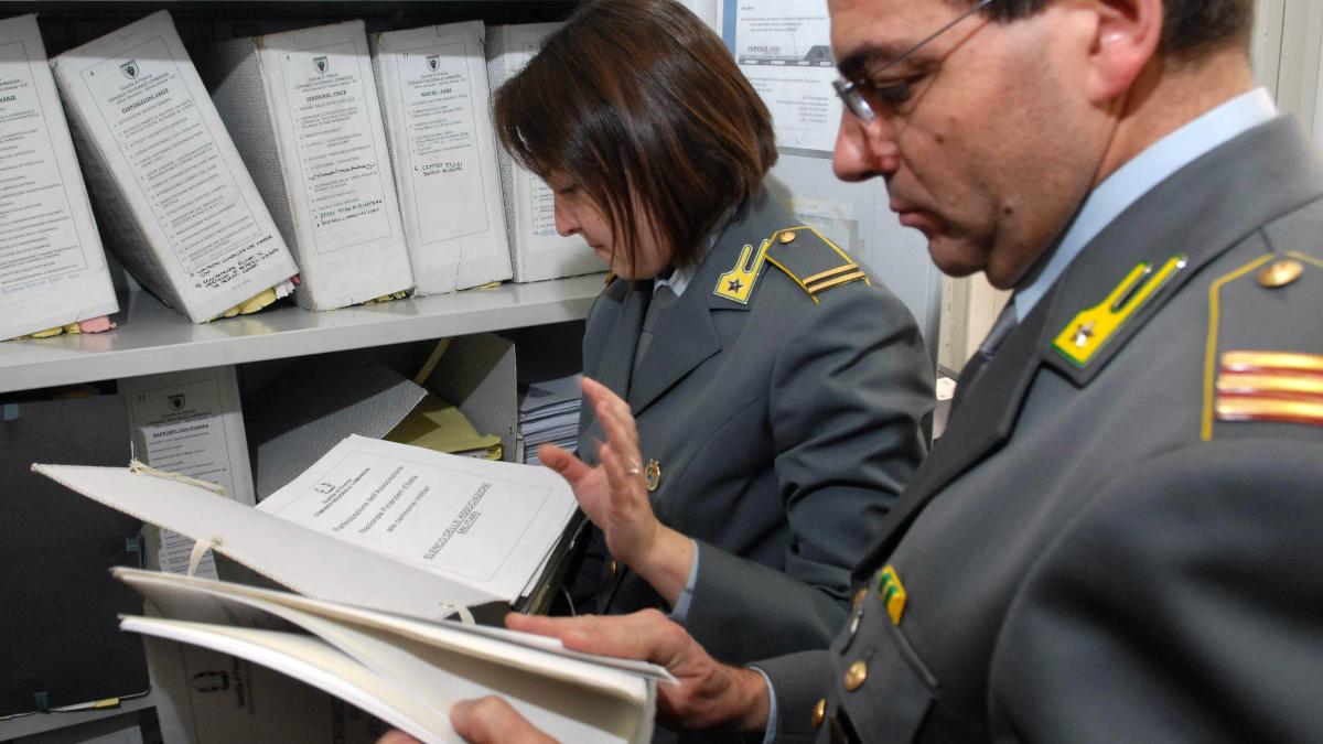 Confisca sei milioni di euro Guardia di Finanza clan mafioso Carcagnusi