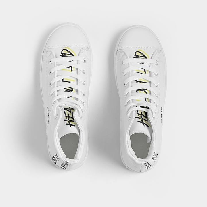 white sneakers trend