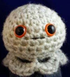 http://www.crochetquickies.com/free-crochet-pattern-2/amigurumi-ghost/