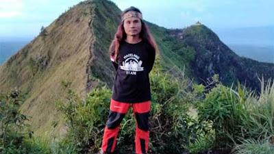 Mbah Guntur, Tukang Kayu sekaligus Pendamping Pendaki di Magelang