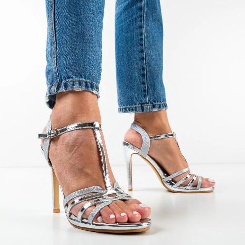 Sandale elegante argintii cu tocul subtire pentru ocazie
