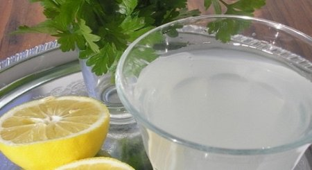 This Is What Happens If You Drink Water With Lemon And Parsley For 5 Days!