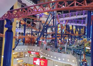 Centro Comercial Berjaya Times Square. Kuala Lumpur. Malasia.