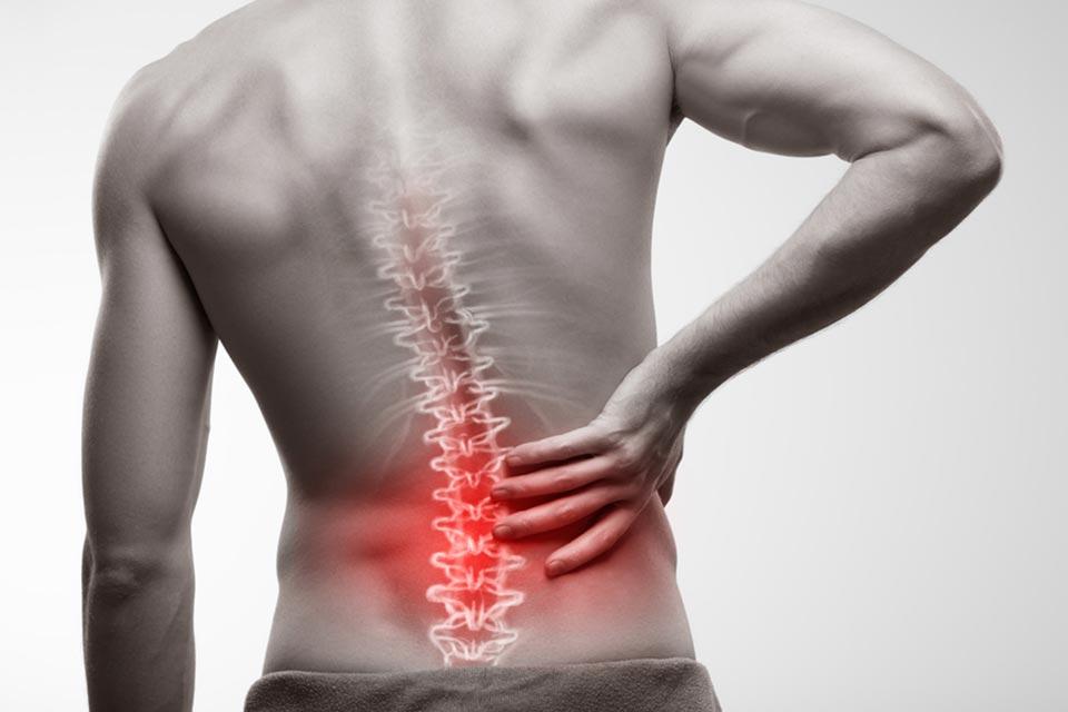 Dor Nas Costas: Sintomas, Causas, Diagnóstico e Tratamento