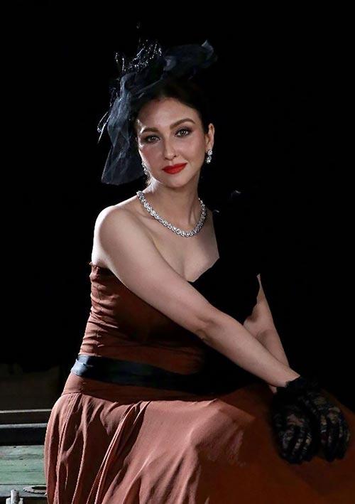 Saumya Tandon photoshoot indian tv actress bhabhi ji ghar par ahin anita