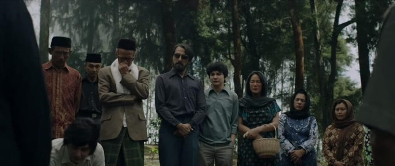Pengadbi Setan, Pengabdi Setan 2017, Joko Anwar, Movie Review by Rawlins, Horror Movie, Cerita Seram Indonesia, Bront Palarae, Tara Basro, Endy Arfian, Ayu Laksmi, Nasar Annuz, M. Adhiyat, Dimas Aditya