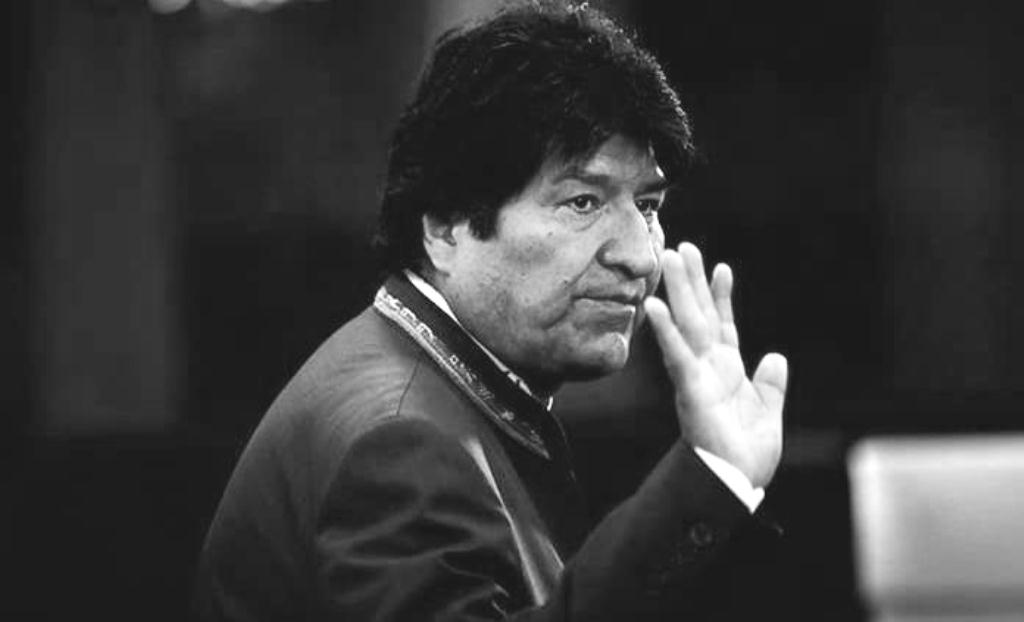 Morales como senador podía manipular la posibilidad de hacerse con el poder mediante la sucesión constitucional / ARCHIVO AP