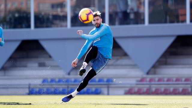 FÚTBOL: Piqué compra otro equipo de fútbol en España