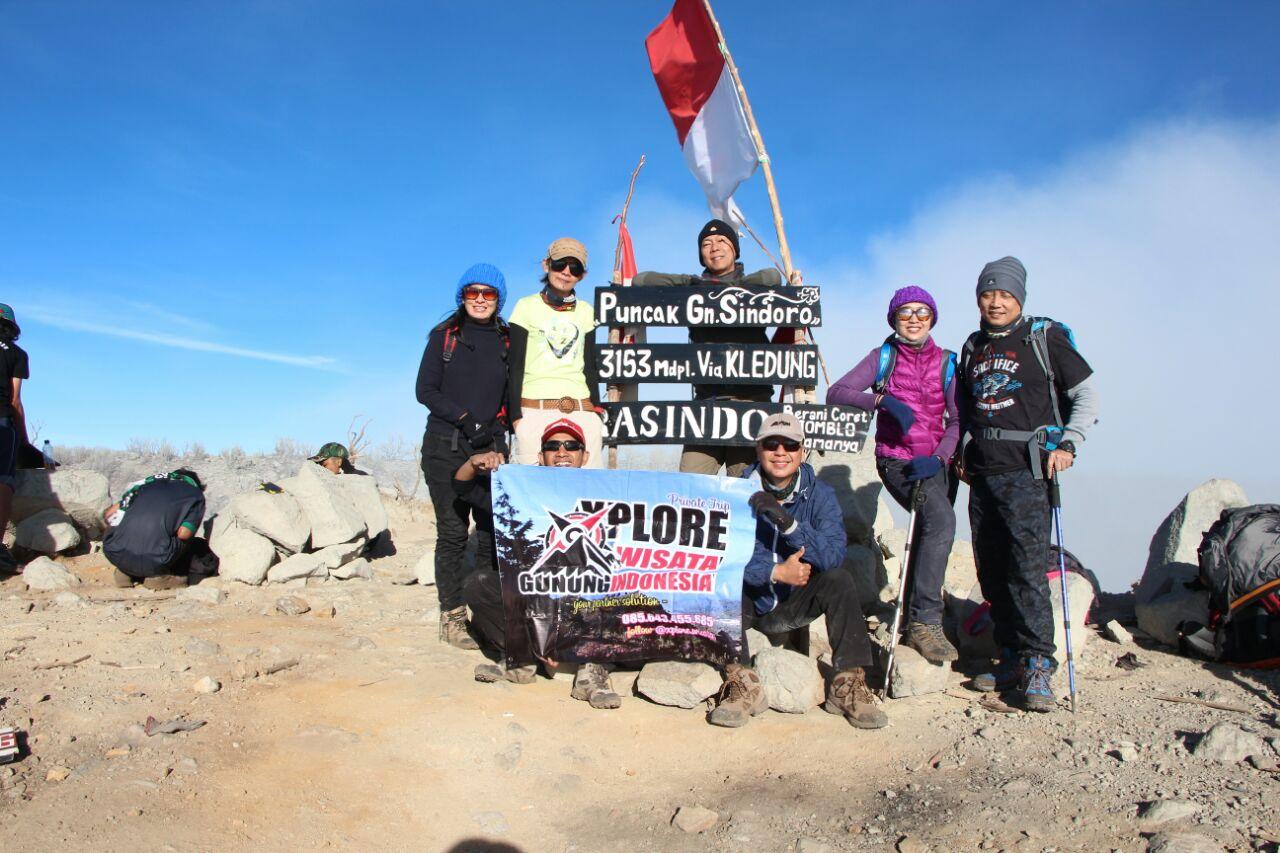 Paket Pendakian Gunung Sindoro 2h1m Porter Kledung Alang Alang Sewu Tambi Banaran Ndoro Arum Sigedang Sikatok Xplore Wisata Operator Wisata Dan Provider Pendakian Gunung