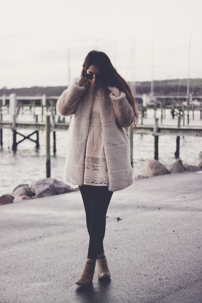 Zara faux fur cream coat aimerose fashion blog