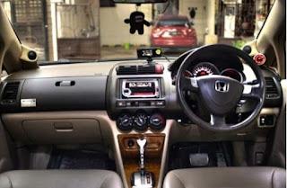Perbedaan Honda City VTEC dan i-DSI