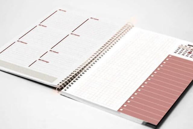 Vista previa en mockup de la agenda semanal planner 2020