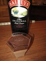 Crèmes au Baileys avec une fine couche de chocolat