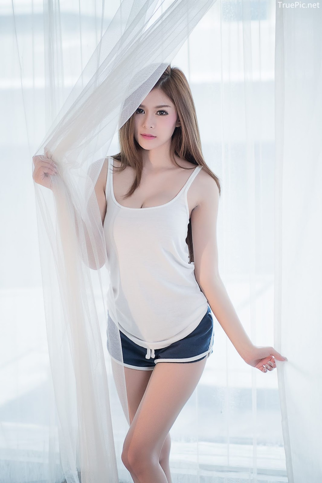 Thailand model Kanyakarn Kaewnisai - Getting up early welcome the Sun - Picture 9