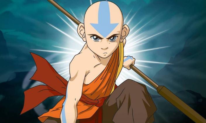 Imagem de capa: fundo azul-marinho com um brilho em branco no centro e a figura do Avatar Aang, um garoto careca com o corpo e a cabeça coberto por tatuagens de seta azul, roupas em tons de amarelo, laranja e vermelho, segurando um cajado de madeira em uma mão e olhando para frente em posição de luta.