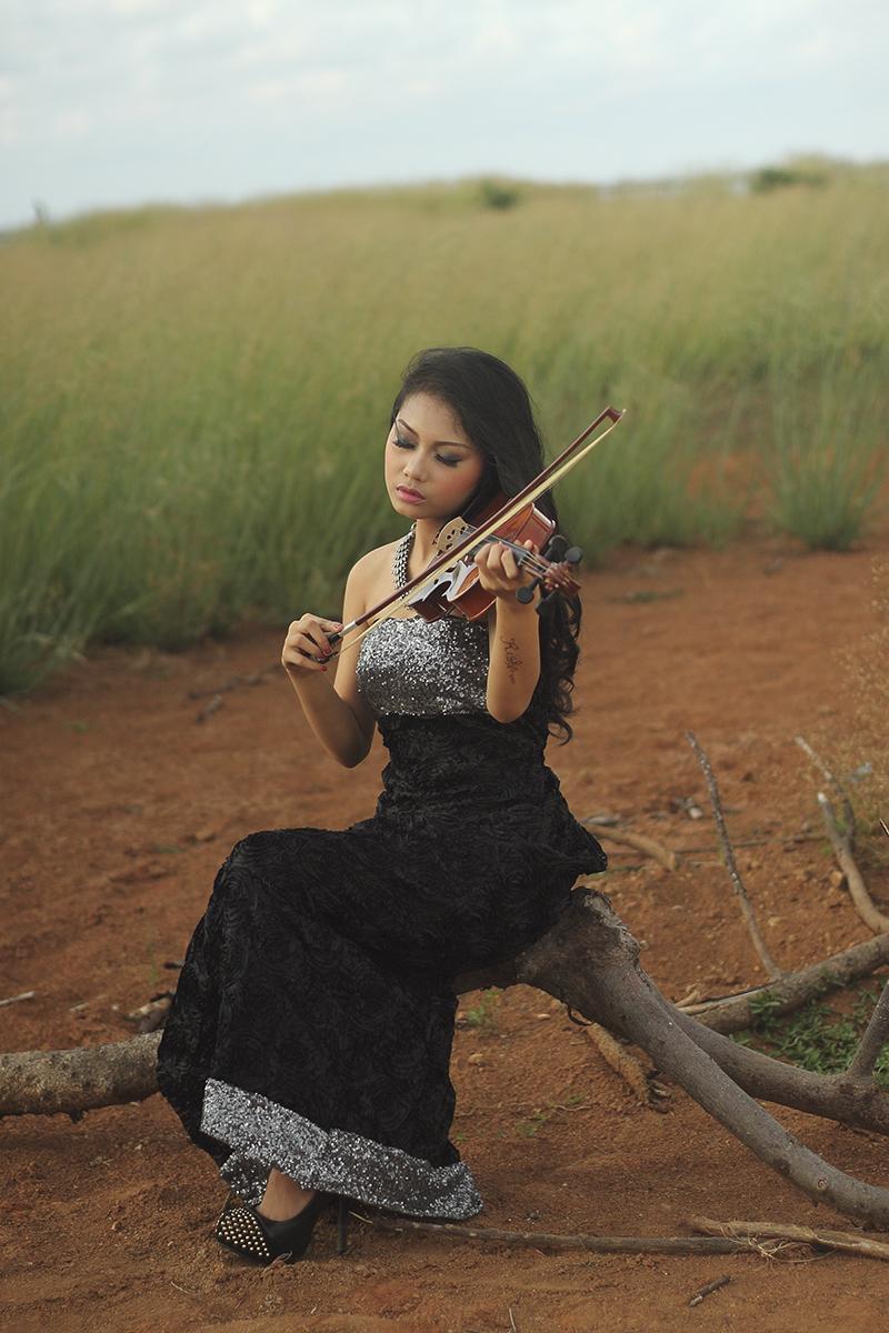 Jasa hunting Foto model gratis Makassar Gratis Konsep manis rambut ilalang