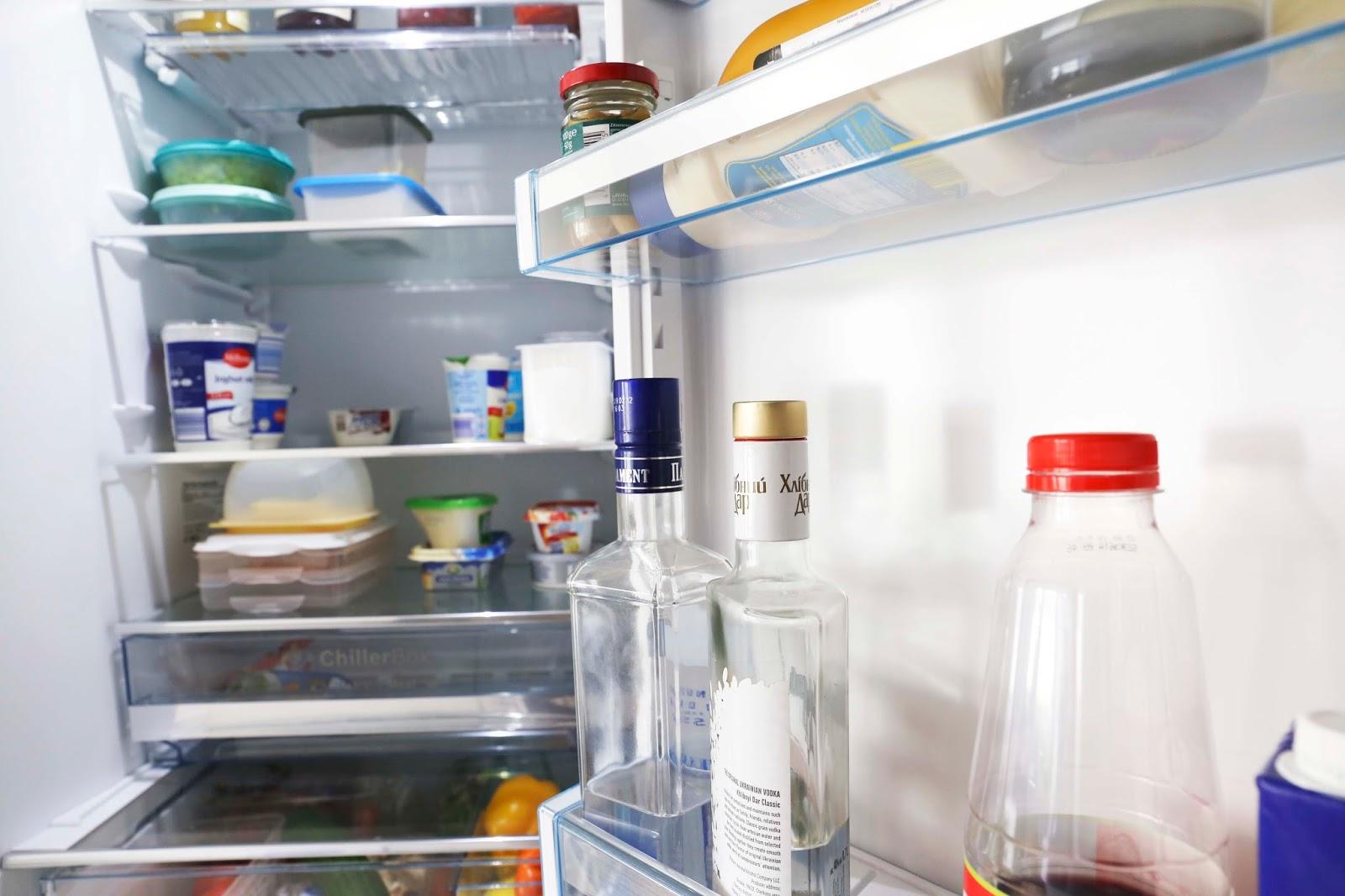 Kühlschrank Reinigen : Usa feiertag reinige deinen kühlschrank tag
