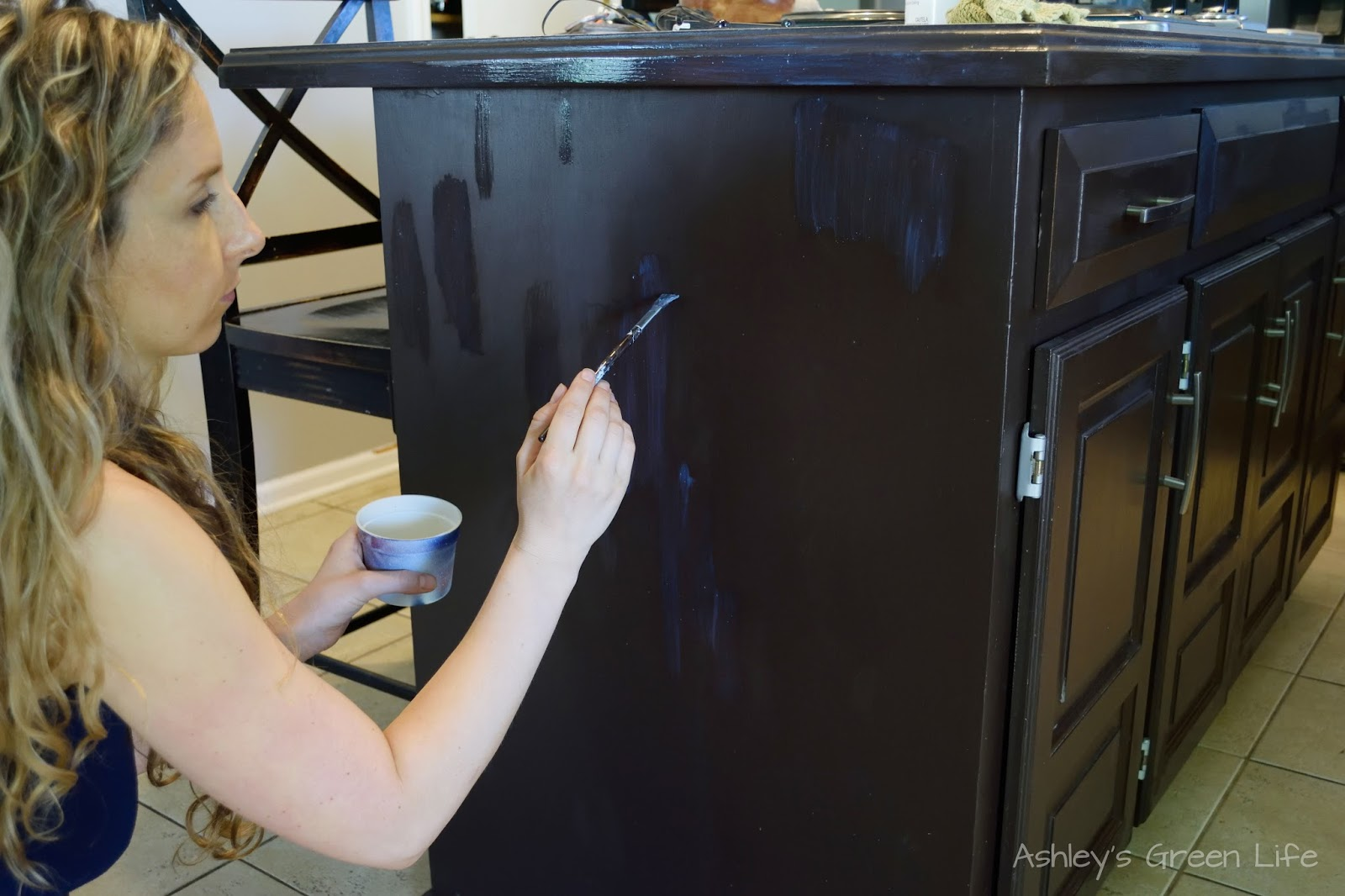 Ashley's Green Life: Rustoleum Kitchen Cabinet Update & Touch Up Tips