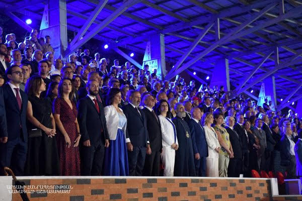 Pashinyan enumeró objetivos de desarrollo a largo plazo