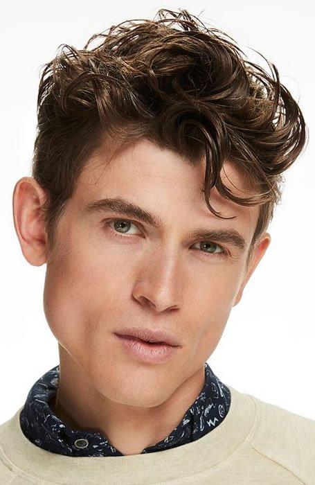 poster model rambut pria