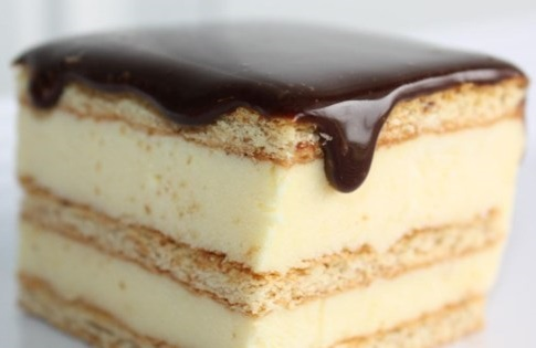 How to Make Chocolate Éclair Cake