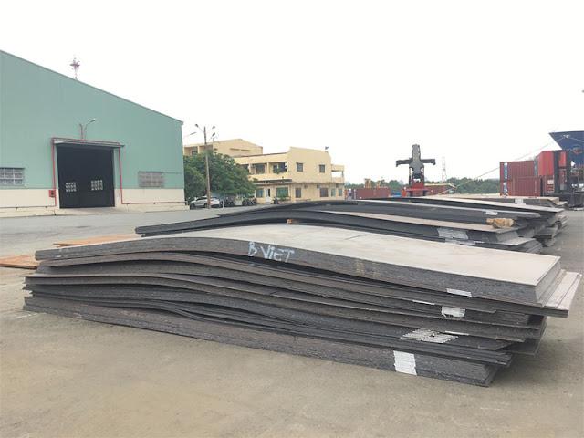 Lo ngại thép Trung Quốc, Bộ Tài chính đề xuất tăng thuế nhập khẩu thép cuộn cán nóng lên 5%