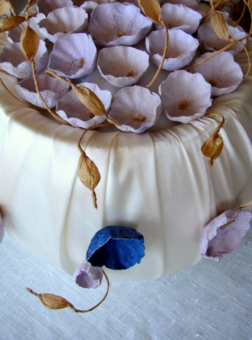 Centrotavola per matrimonio eco-friendly, panna, lilla, blu. Paper flowers wedding centerpieces