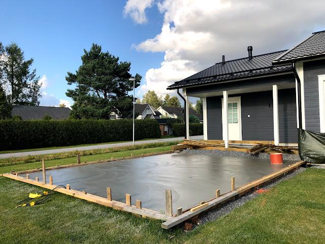 betonivalu, terassilaatta, betoniterassi, K37, säänkestävä betoni, terassin rakentaminen, komposiitti terassi, betonimuotti, muotti, huokoistettu betoni