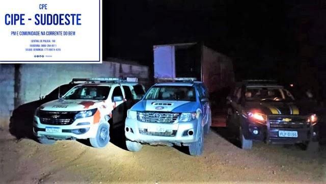 Polícia recupera veículo e carga roubada em Vitória da Conquista